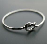 Приворожить девушку на кольцо